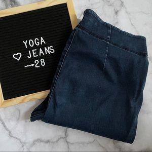 Yoga Jeans skinny jegging style dark wash size 28